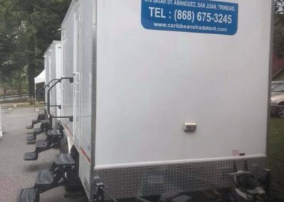 outside trailer with step